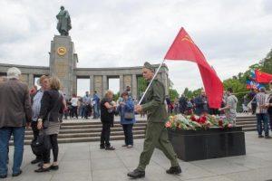 Gedenken-zum-70-Jahrestag-des-Kriegsendes
