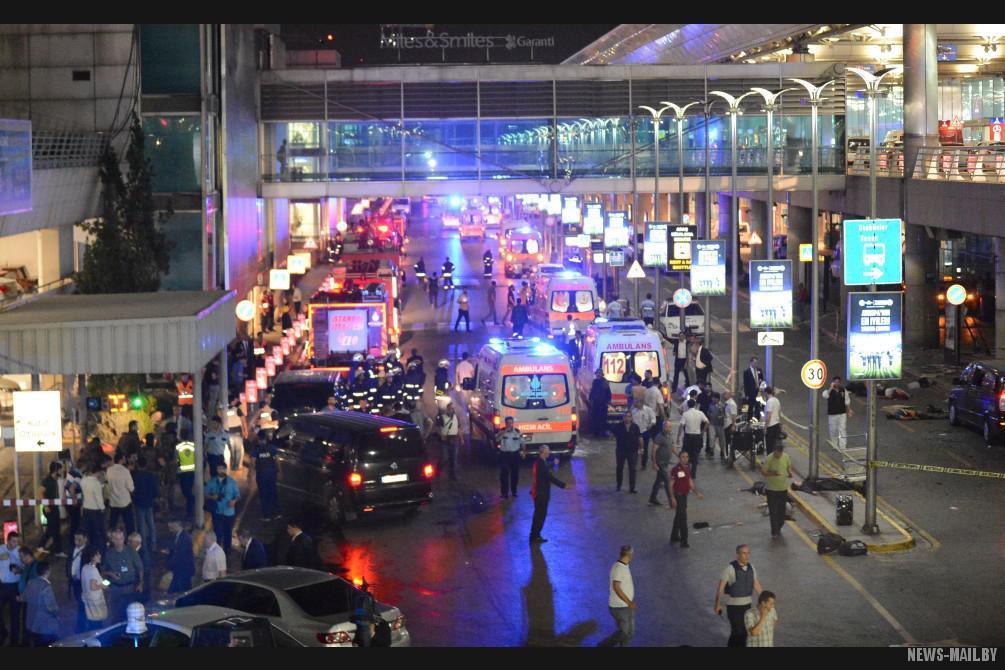 Теракт-в-Стамбуле-28.06.2016-фото-11