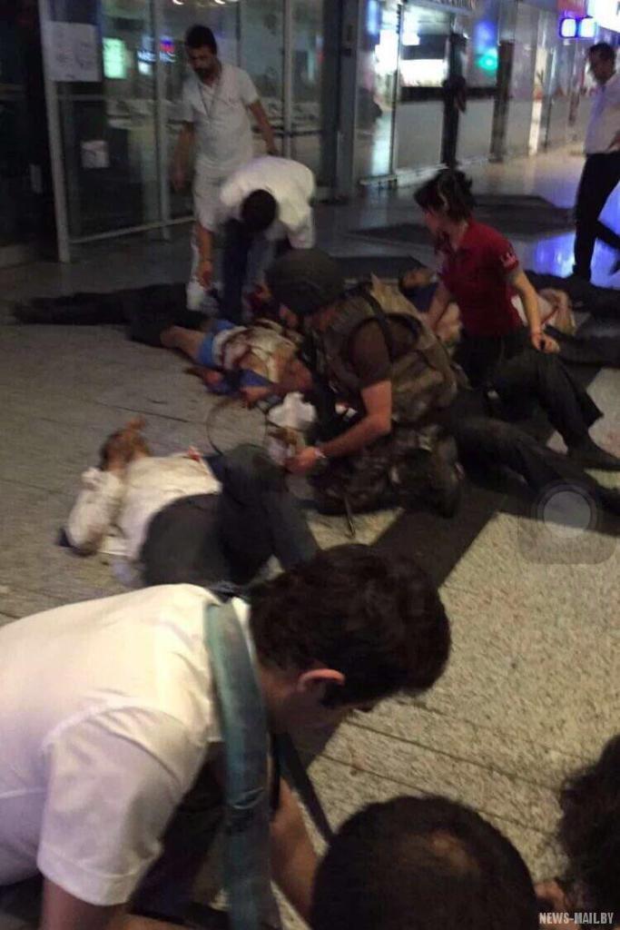 Теракт-в-Стамбуле-28.06.2016-фото-3
