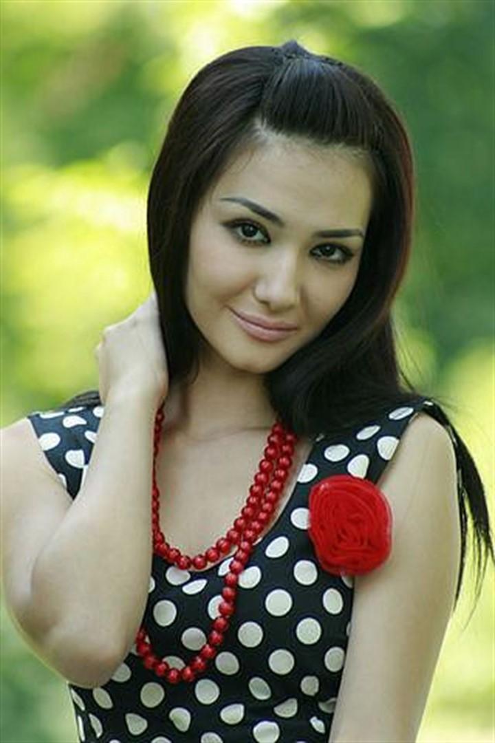 сочные узбекские девушки